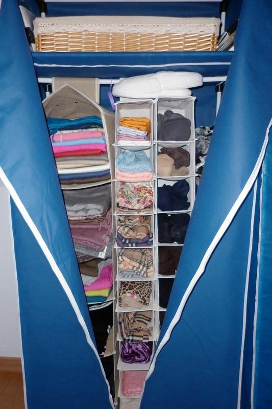 Doce armarios elegante a la par que discreta - Hacer armario empotrado ikea ...