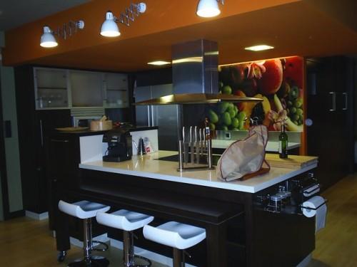 Apartamento de soltero elegante a la par que discreta for Un soltero en la cocina