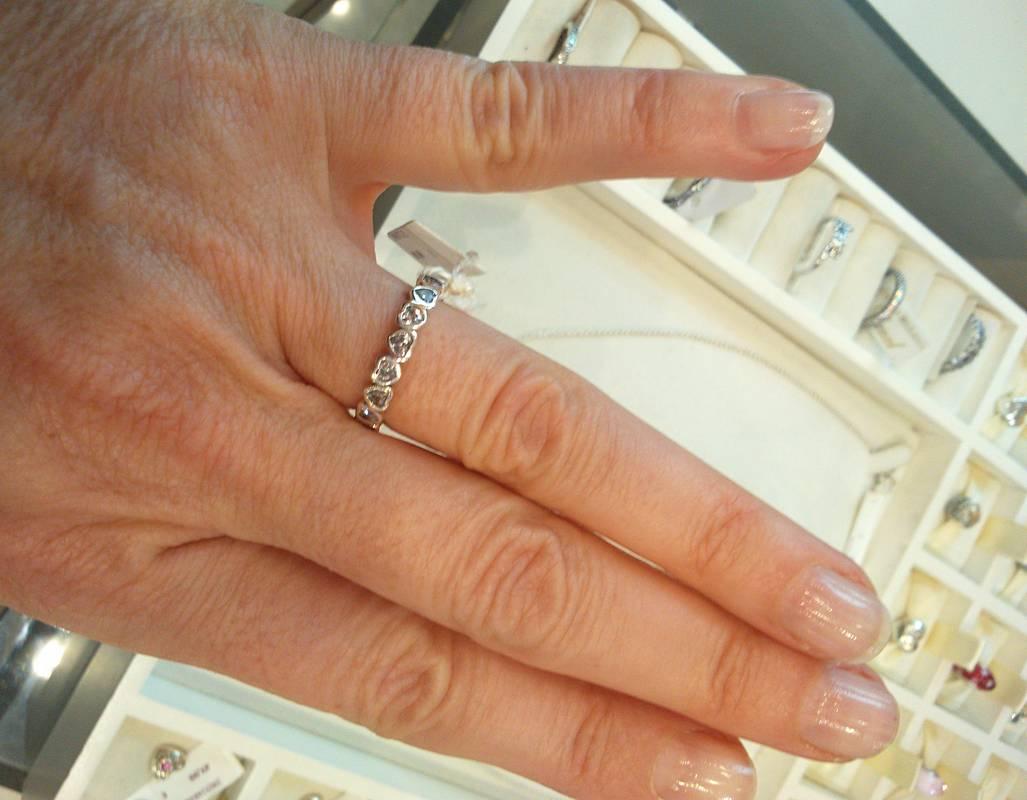 anillo amor entrelazado pandora