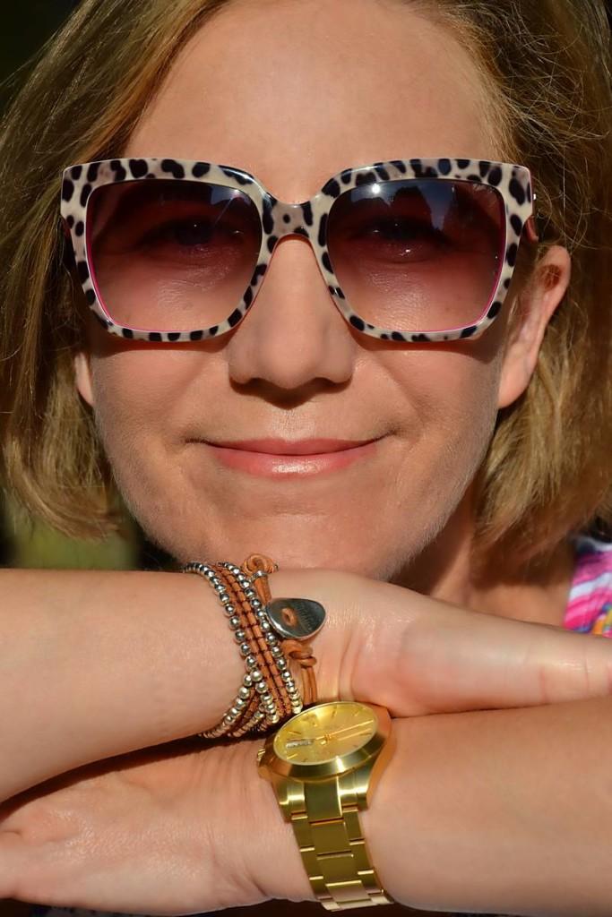 Gafas de sol con print animal de Dolce&Gabbana den Óptica Central de Santander 01