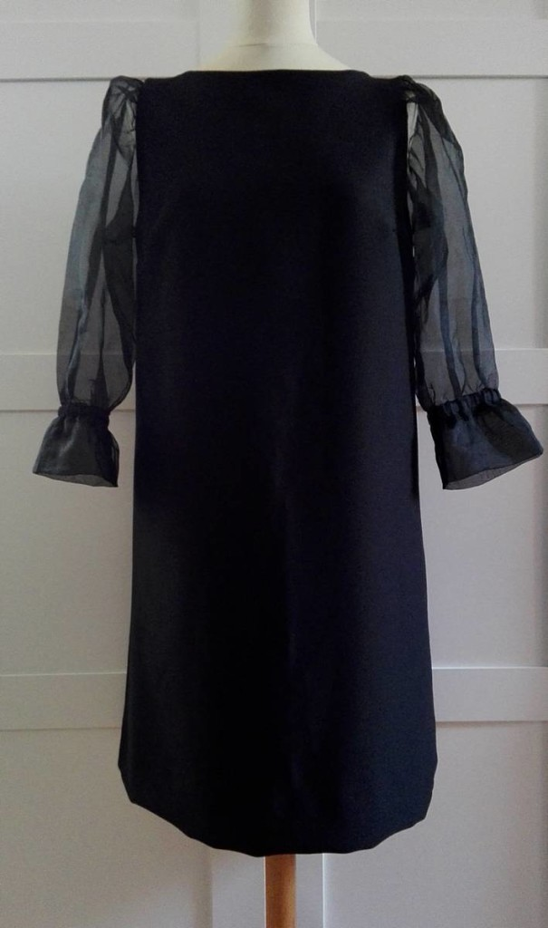 Vestido negro EPD 01