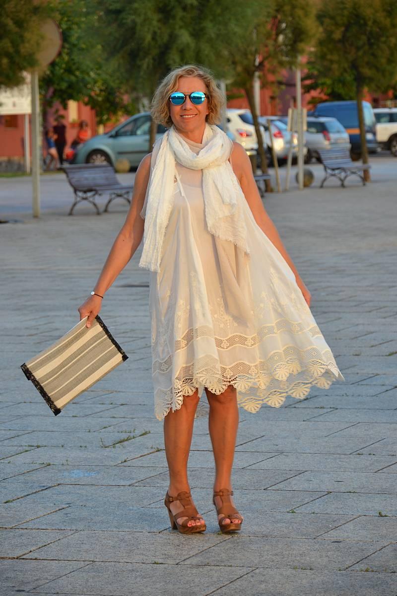 Vestido Blanco Ibicenco Elegante A La Par Que Discreta - Vestidos-ibicenco