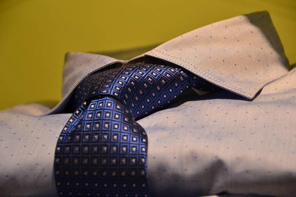 Florentino, camisa y corbata