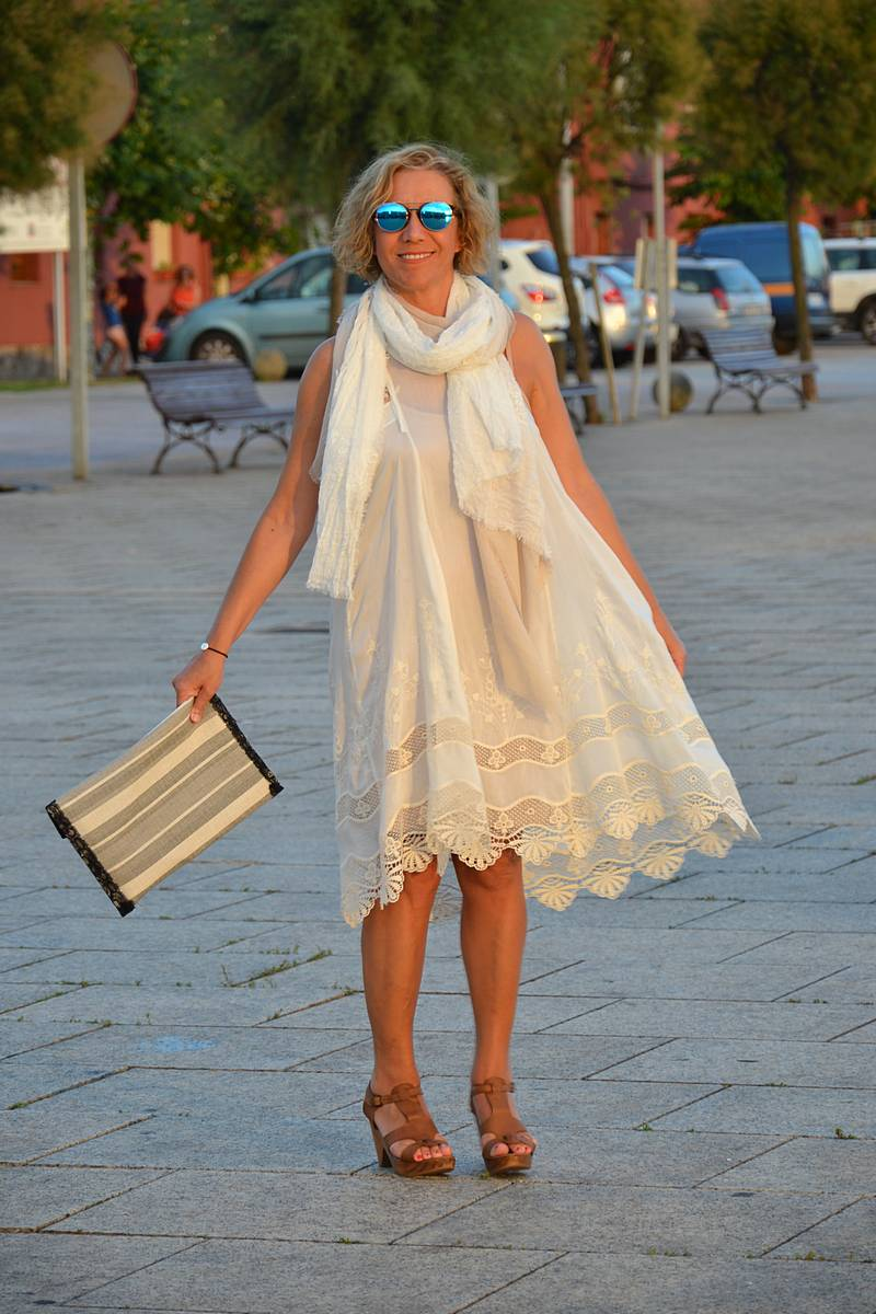 Vestido ibicenco de mujer